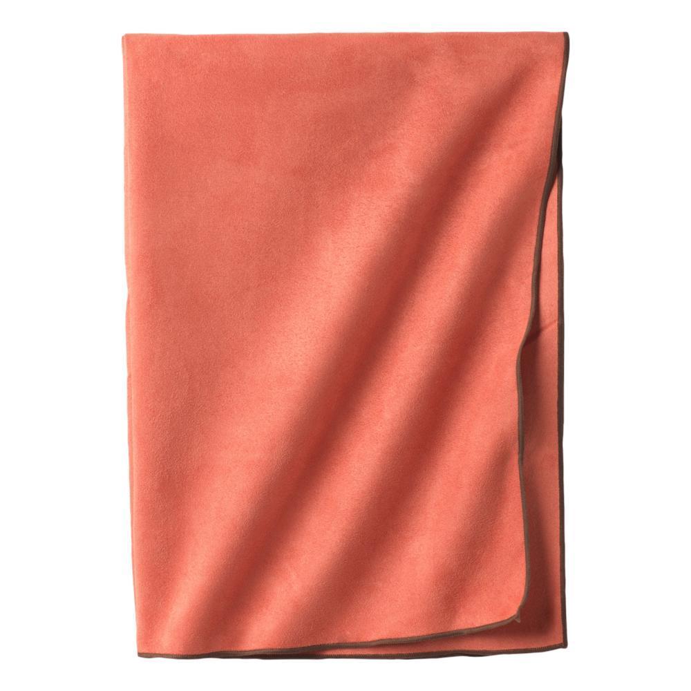prAna Maha Yoga Towel DRY_CHILI