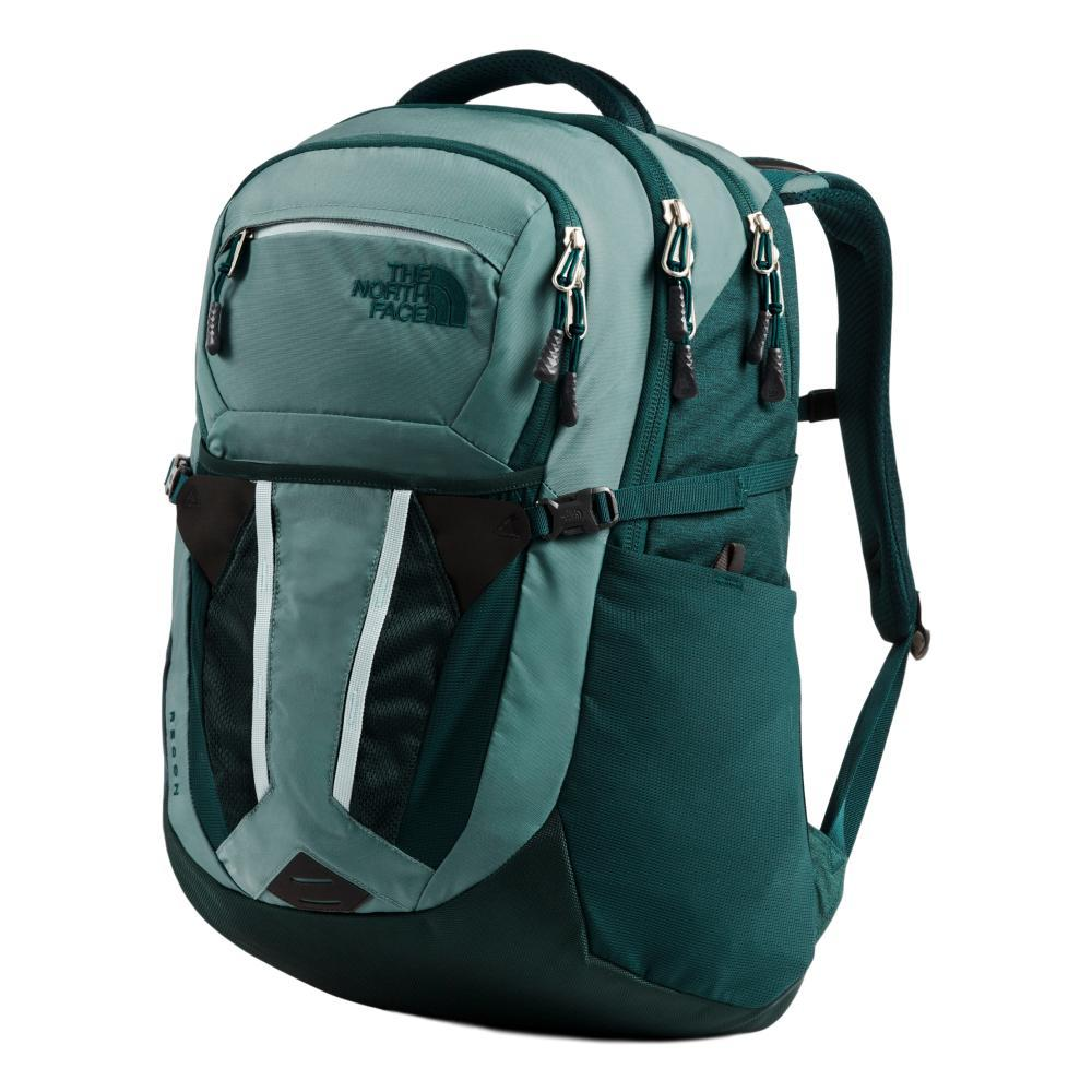 The North Face Women's Recon 30L Backpack TRLGRN_EY5