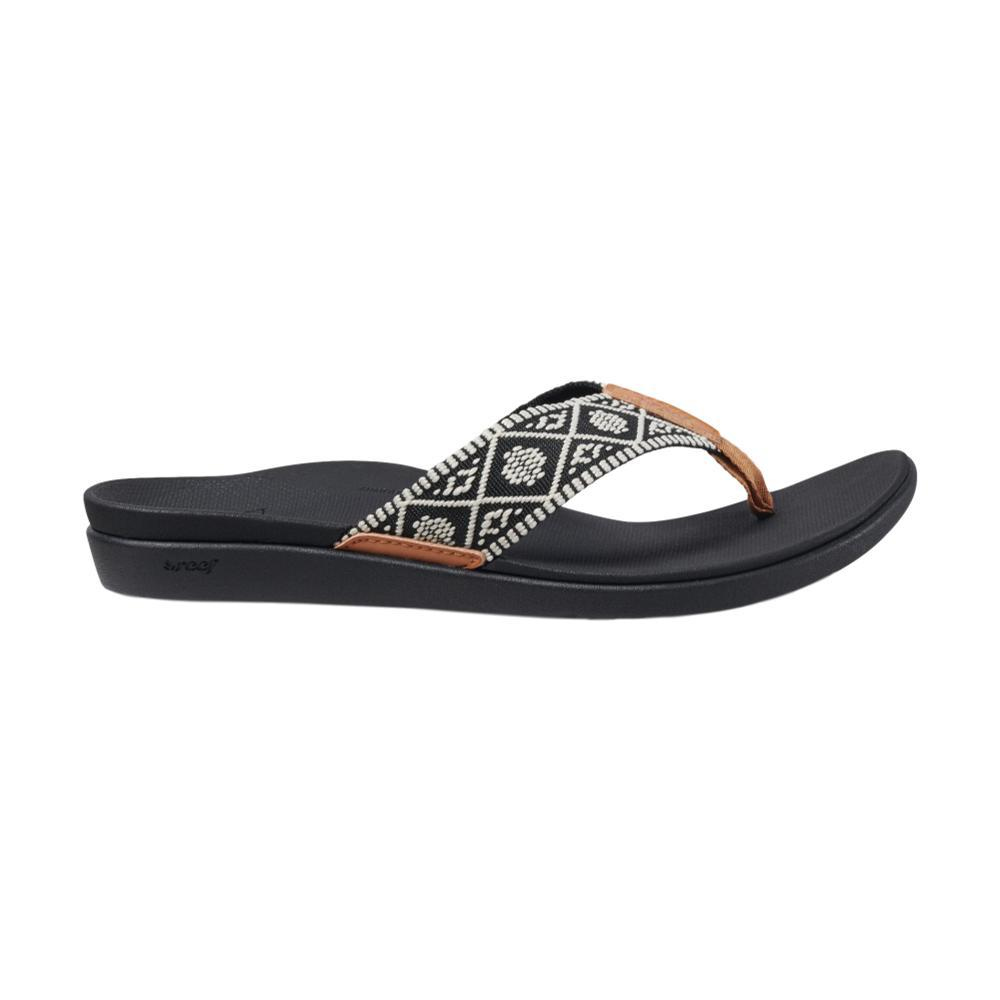 Reef Women's Ortho-Bounce Woven Sandals BLK.WHT_BLW