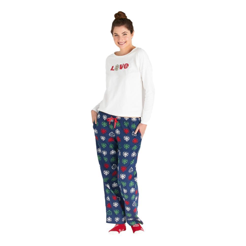 Life is Good Women's Holiday Heart Snowflakes Classic Sleep Pants  DARKESTBLUE