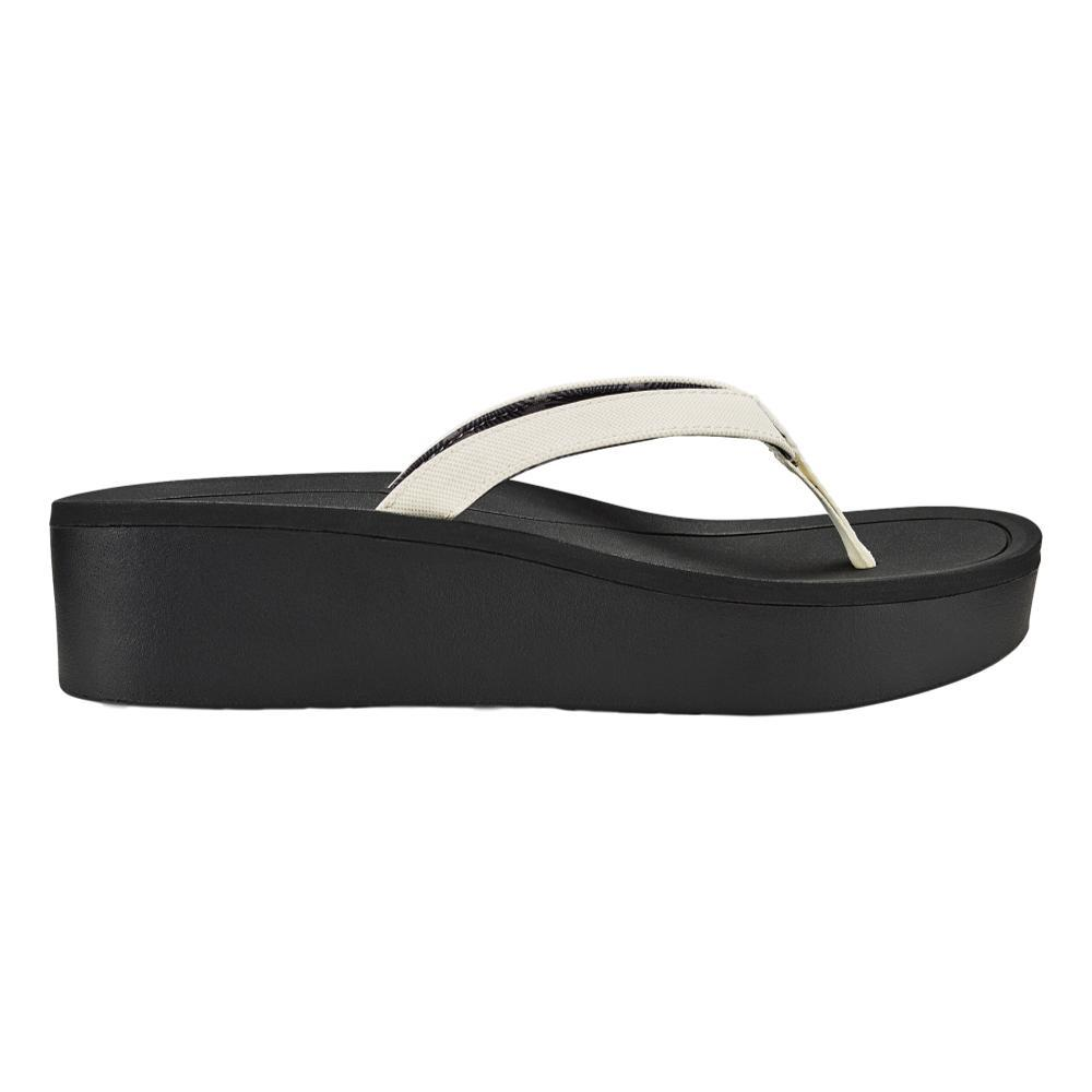 OluKai Women's Pi'o Lua Wedged Sandals WHT.BLK_4R40