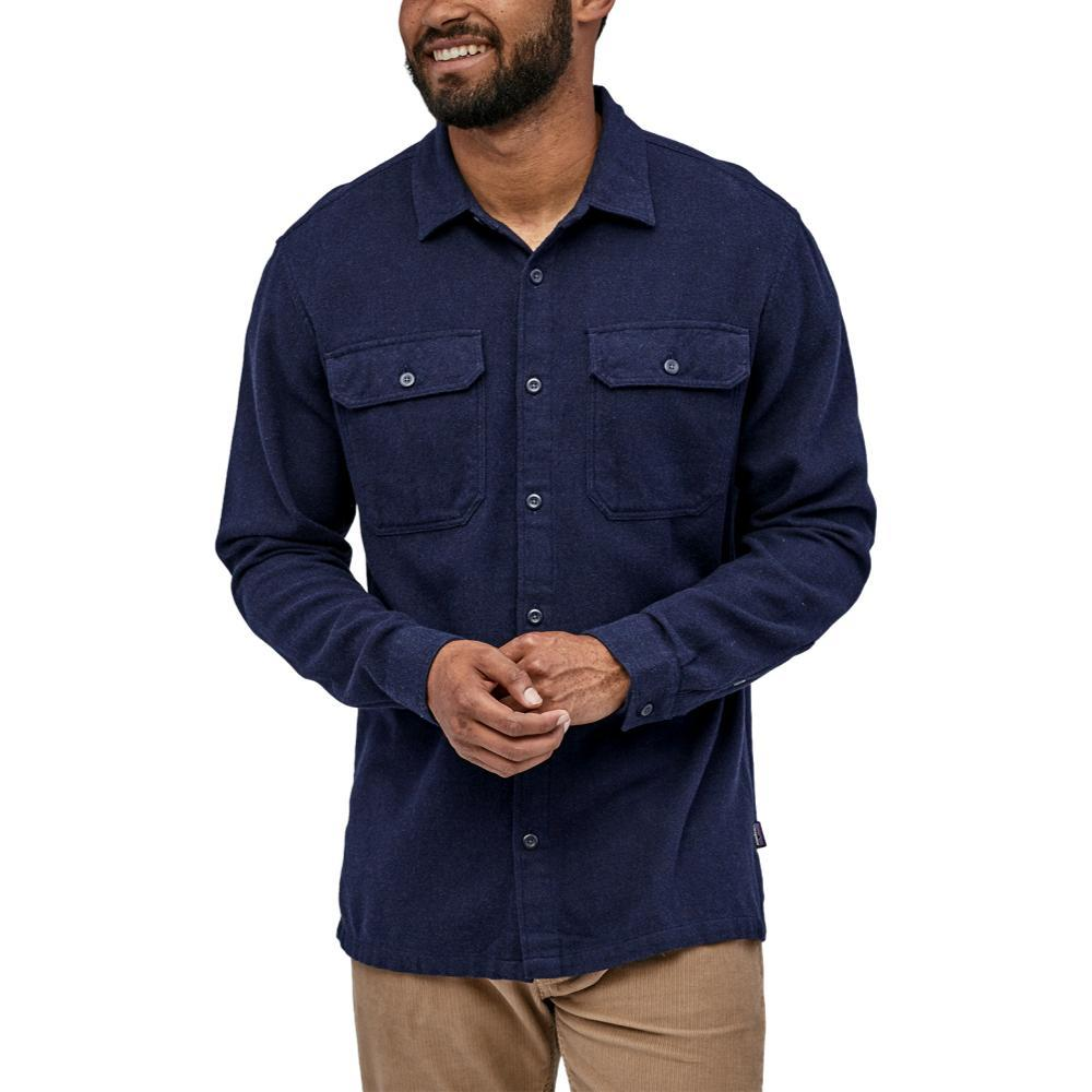 Patagonia Men's Long-Sleeved Fjord Flannel Shirt BLUE_NVYB