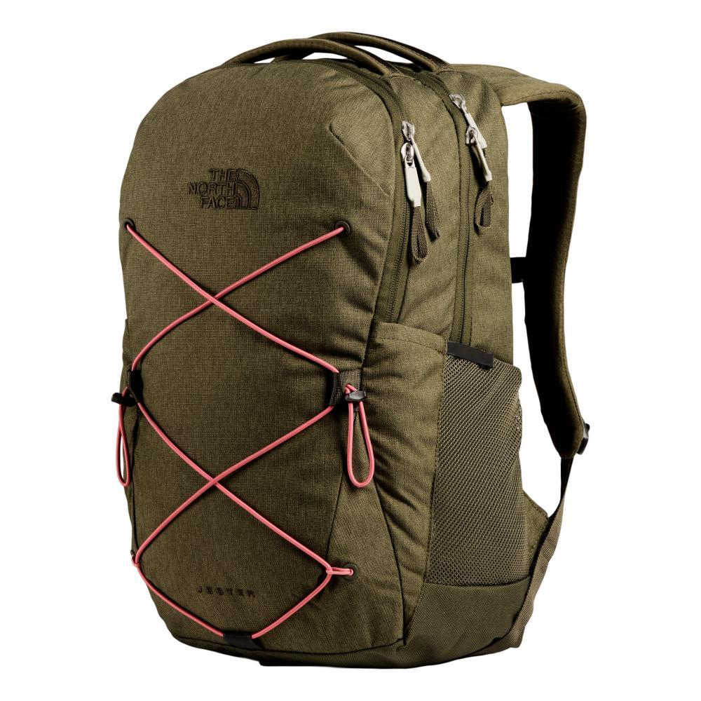 The North Face Women's Jester 27L Backpack OGREEN_PQ1
