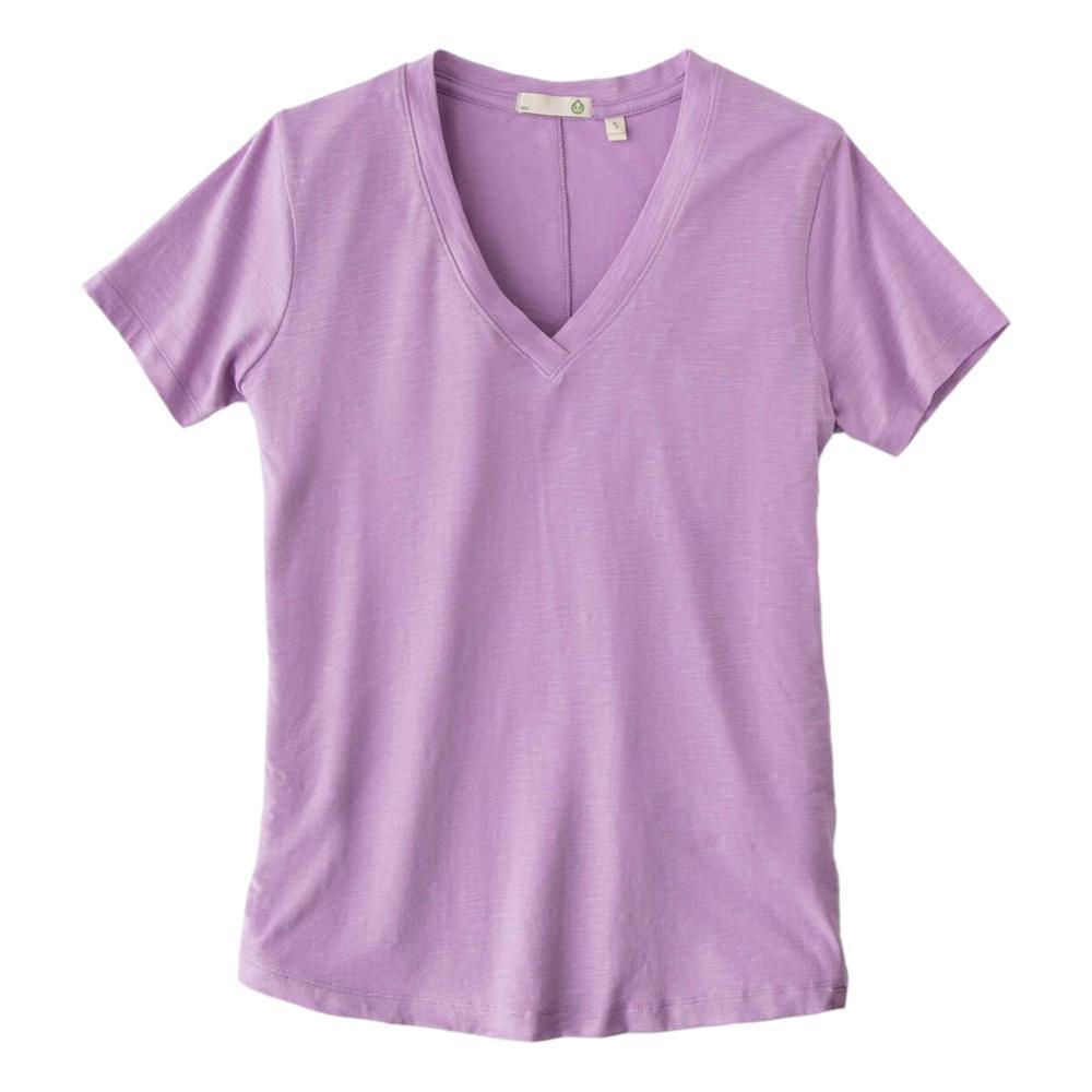 tasc Women's Easy V-Neck T-Shirt LUPINE_537