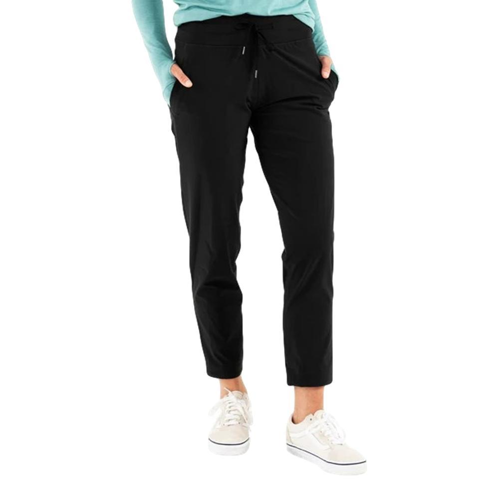 Free Fly Apparel Women's Breeze Cropped Pant BLACK