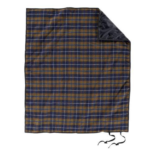 Pendleton Roll-Up Blanket Douglas_tartan